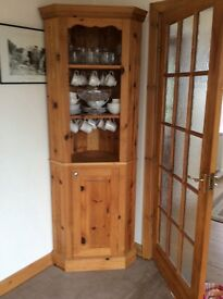 Corner dresser. Antique pine excellent condition