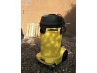 KARCHER 110v wet and dry Vacuum