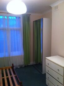 One Bedroom Flat To Let - Central Croydon