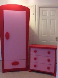 Kids wardrobe and draw set
