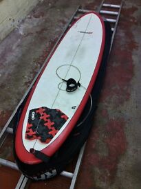 "7' 6"" Mini-Mal surfboard with leash, tail pad and 10mm bag"