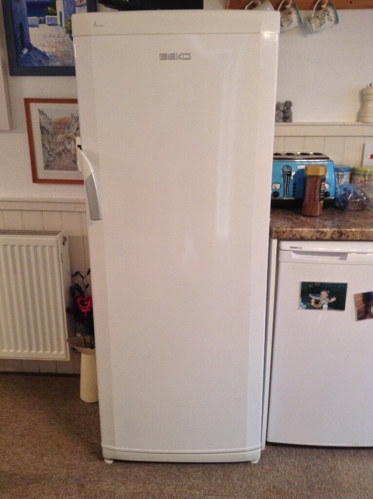 Larder Fridge can be seen working. Excellent Condition 290L capacity