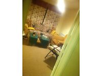Rent FOR £350 pm 1 room DBL