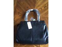 "Bnwt Radley ""Portland place"" Black Leather Handbag 100% Genuine"
