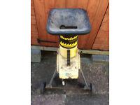 McCulloch Waste Eater 1800 Heavy Duty Garden Shredder, Spares or Repair