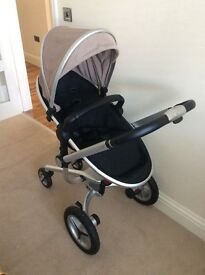 Silver cross surf travel system including ISOFIX base and car seat. Very good condition