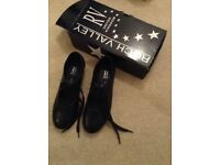 Tap Shoes Size 5