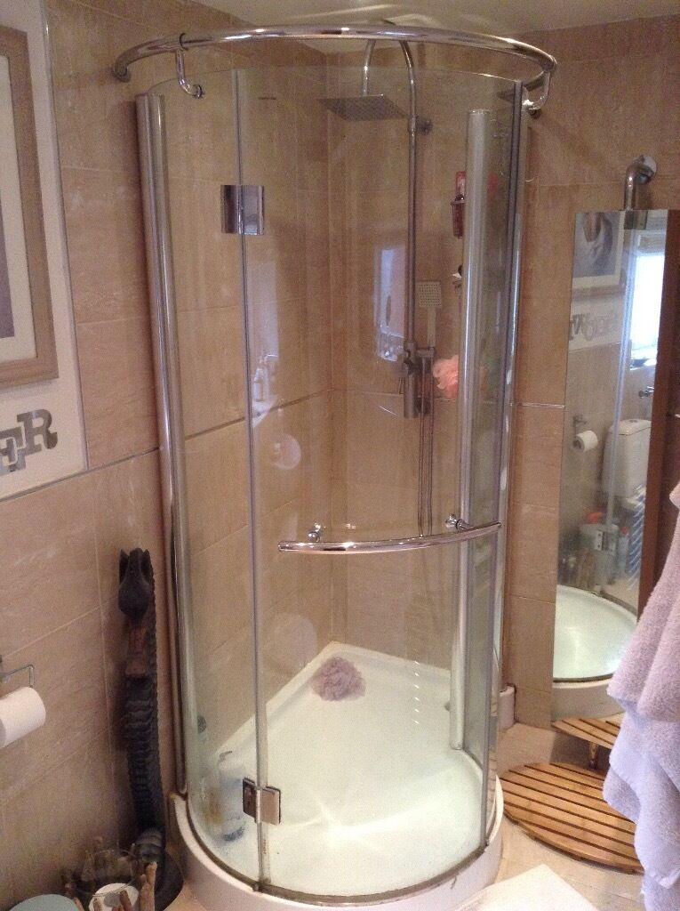 Enchanting P Shaped Shower Enclosures Ensign - Bathroom with Bathtub ...