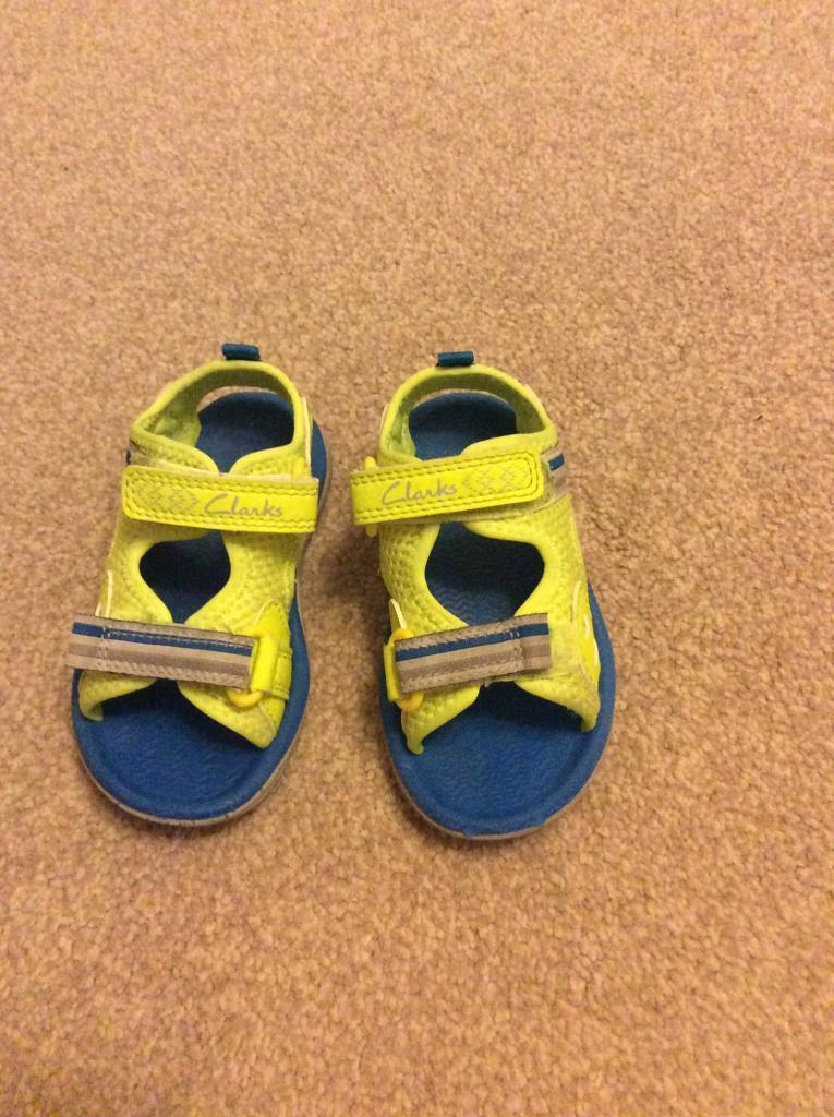 Clarks boys doodles sandals size UK 5F