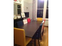 Extendable dining table & 8 Chairs