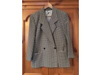 Précis ladies black and white dog-tooth check jacket. Size 12. £10