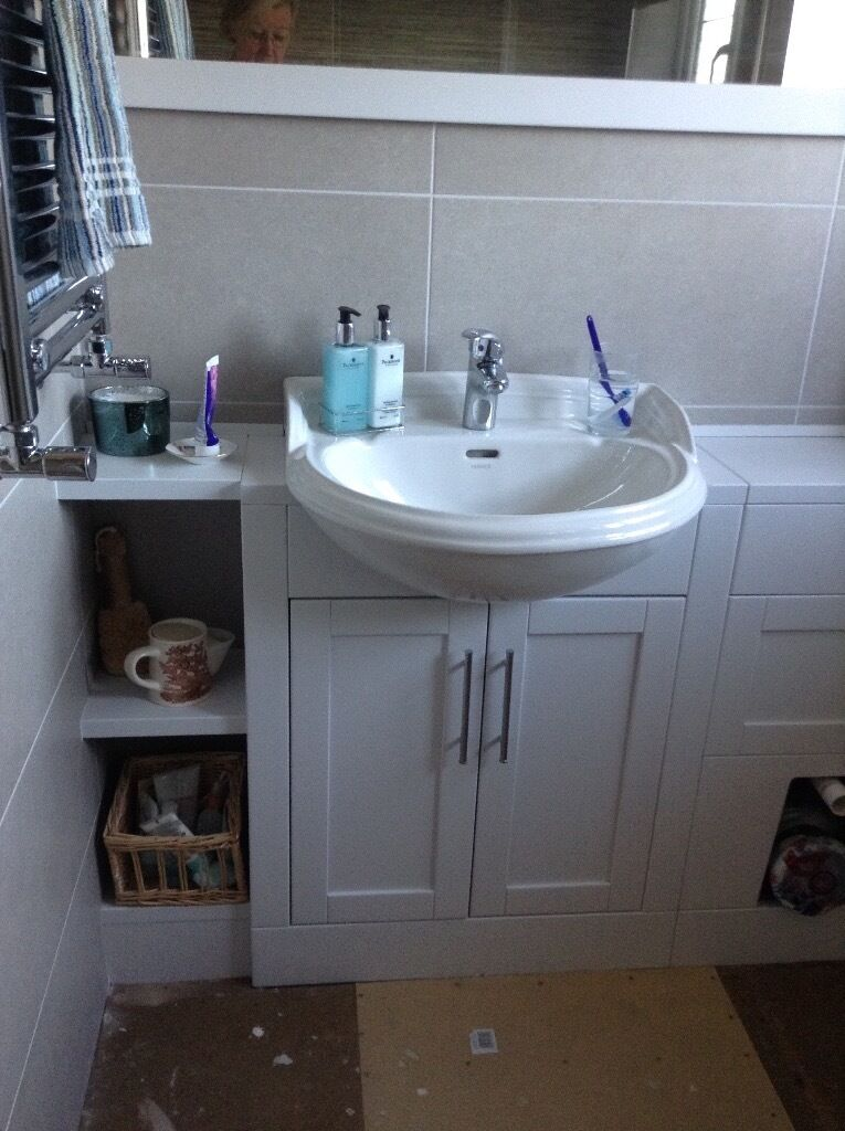 25 Cm Wide Bathroom Cabinet Part - 29: Heritage Sink Basin, To Fit On A Cabinet Or Worktop 25 Cm Wide.