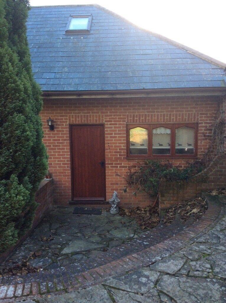 One Bedroom House Near Wingham £600pcm