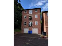 Sheffield: 2-Bed apartment with off-road parking; Gloucester Crescent, S10 2FZ