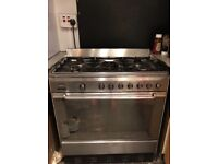 Free SMEG Gas cooker with 5 Hobs