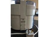 Kenwood JE600T Electronic Juicer