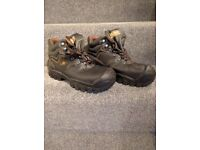 BRAND NEW Cofra Safety Boots Size 9
