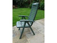 Folding Garden Chairs. Set of 4. Curver brand. Heavy Green Plastic. Good condition