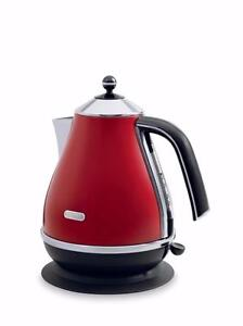 Delonghi Red Kettle KBO1401R