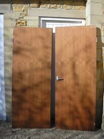 Pair wooden sapele double doors with latch and striker plate (DIMENSIONS NOW CORRECTED!)
