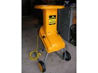 Garden Shredder, wheeled, 240v