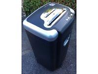Paper / cd shredder for home or office
