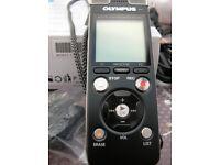 Olympus DM-670 digital Voice recorder, like New.
