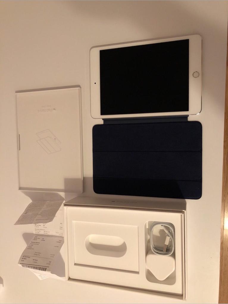 Apple iPad mini 4th edition Wi-Fi 64GB