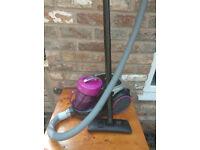 Hoover Spirit 2100 Watt Bagless Cylinder Vacuum Cleaner Tsp2101