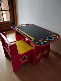 Adjustable childrens craft table and chair