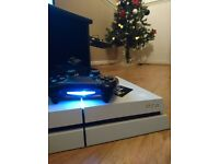 Sony playstation 4. 500GB White color PS4