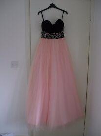 Stunning prom dress, size 6