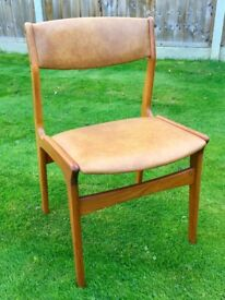 -DYRLUND of DENMARK- VINTAGE C20th DESIGNER TEAK & LEATHERETTE STANDARD DINING CHAIR -4 AVAILABLE-