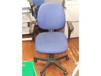 Blue computer/office chair with arm rests