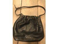 EXCELLENT CONDITION MICHAEL KORS BAG - Black Leather (RRP £295.00)