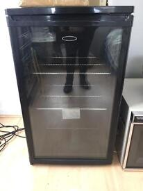 Logik Wine cooler. Model no LWC32B10