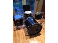 Mapex Saturn, 4 piece kit with hardware and iron cobra pedal