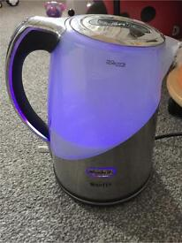 Breville brita water filter kettle with spectra illuminations