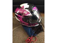 Ladies motor cycle helmet