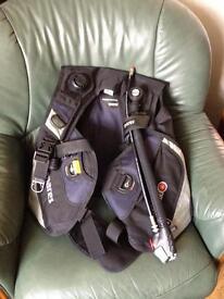 Mares Spirit BCD (Scuba diving equipment)