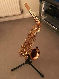 Alto saxophone with many accessories