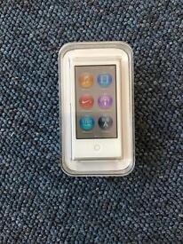 Apple iPod nano 7th gen * mint condition *