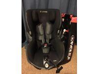 Maxi Cosi Axiss - Black Raven swivel Group 1 Car Seat
