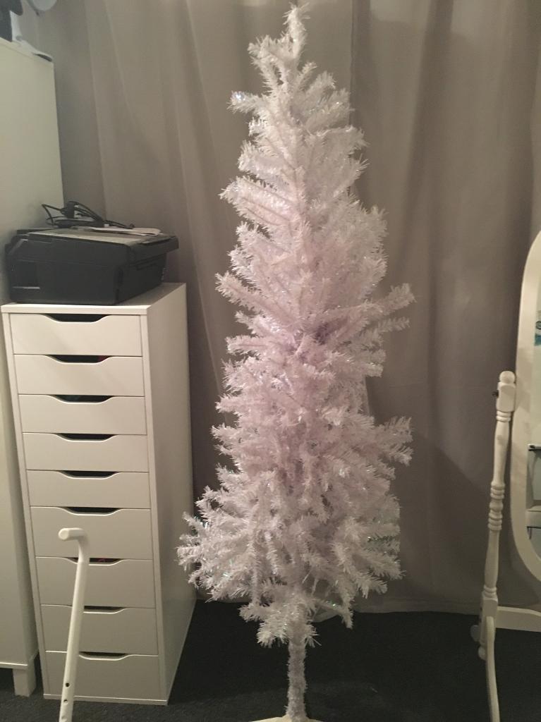 White xmas tree 6ft