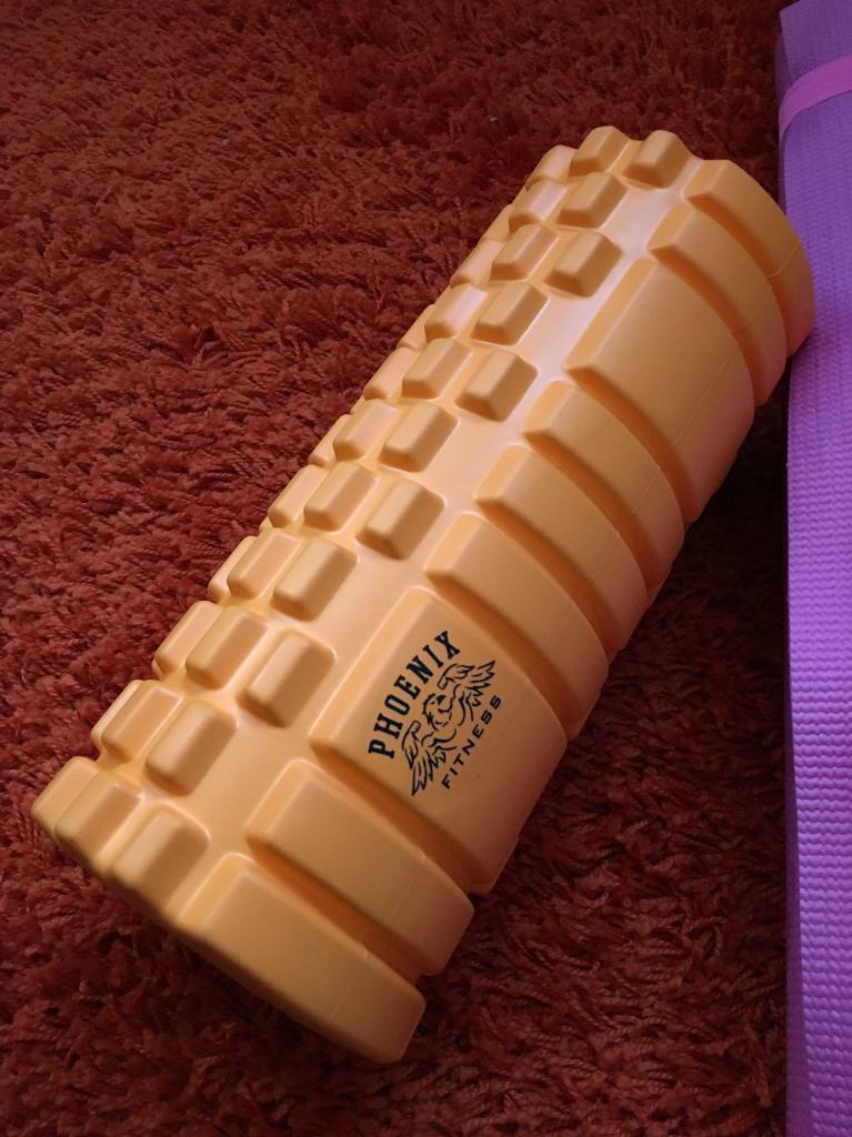 Yoga roll and mat