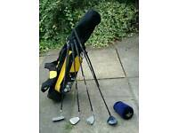 Junior Golf Club Set, with carry bag and balls. (Age 7-11 small 12)