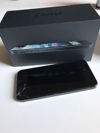 Iphone 5, cracked screen at the bottom. Any network, unlocked. 16gb,Fully Works.