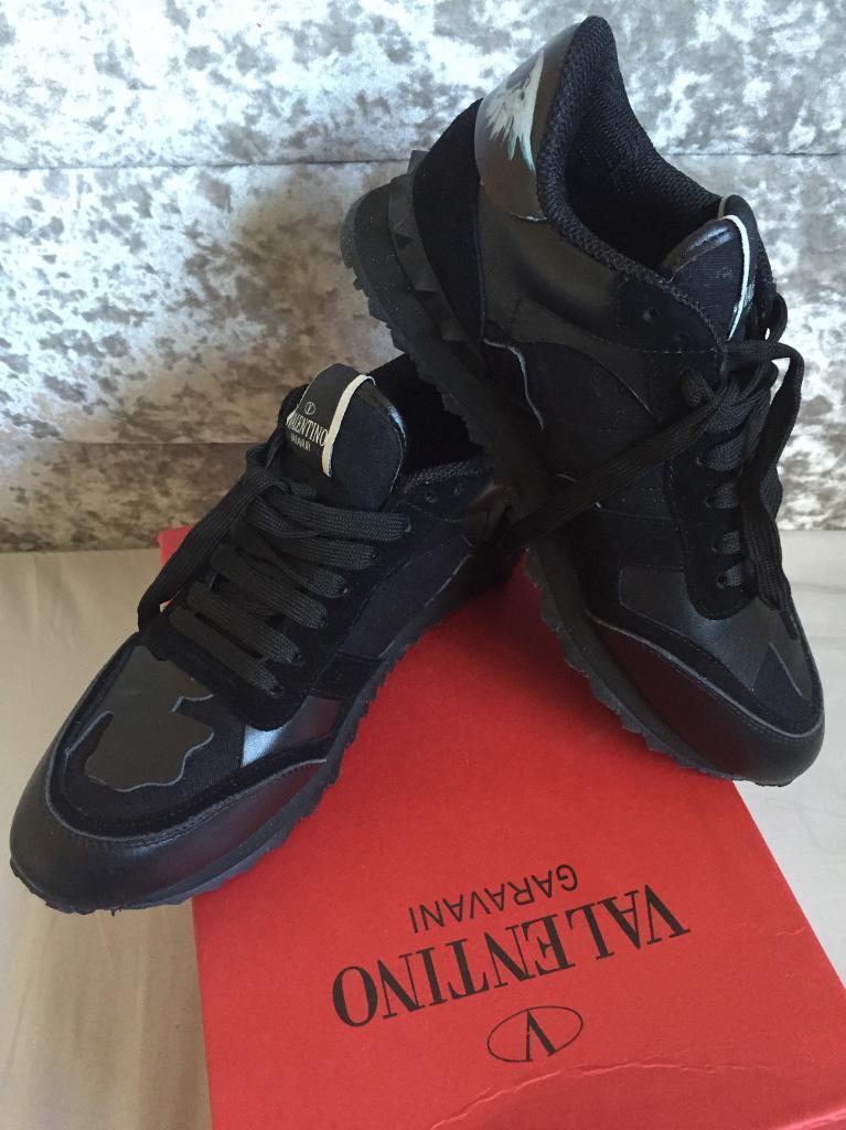 Valentino rocker runner triple black size 6