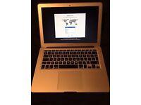Macbook Air 2014 i5/4GB RAM/12GBSSD