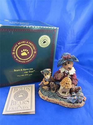 Boyds Bearstone Ms. Berriweathers Cottage Figurine #01998-41 MIB Private Issue